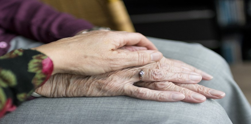 Elderly Health Care: Top 7 Tips for Caregivers